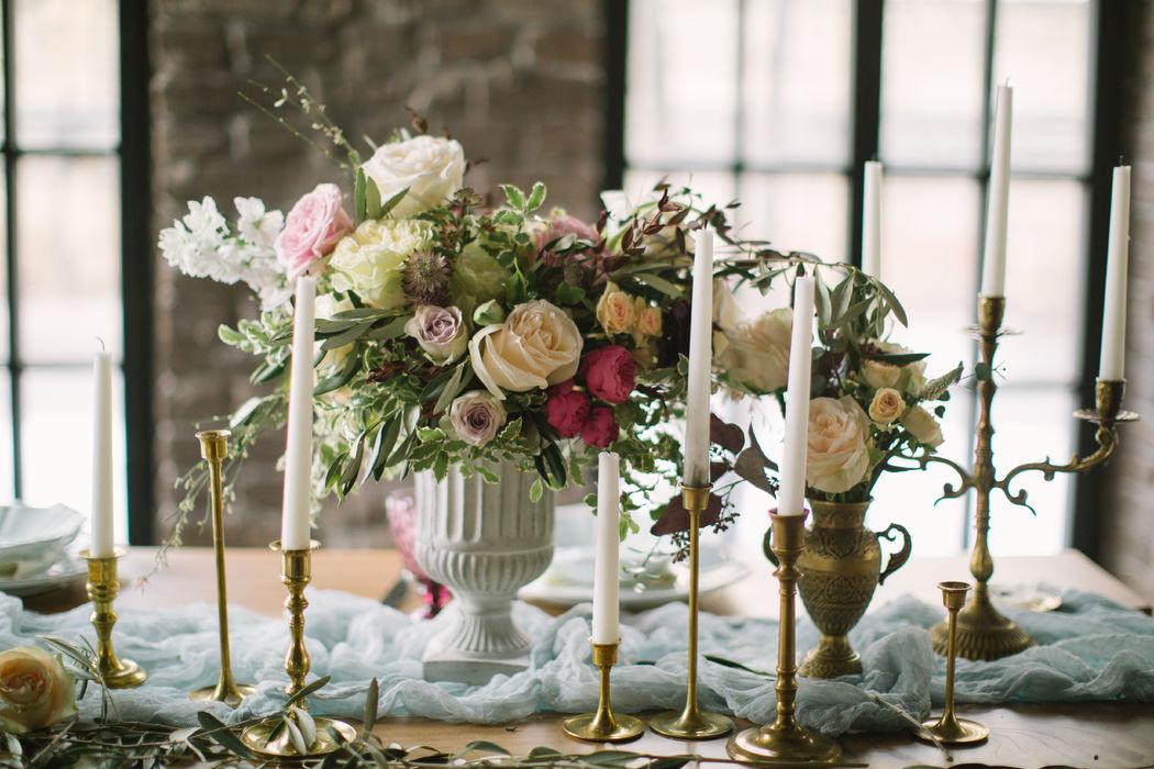 Наши подсвечники и вазы на творческой фотосессии. Совместный проект с командой instagram.com/@zakharova_wedding и instagram.com/@kristina_bloom_ministry