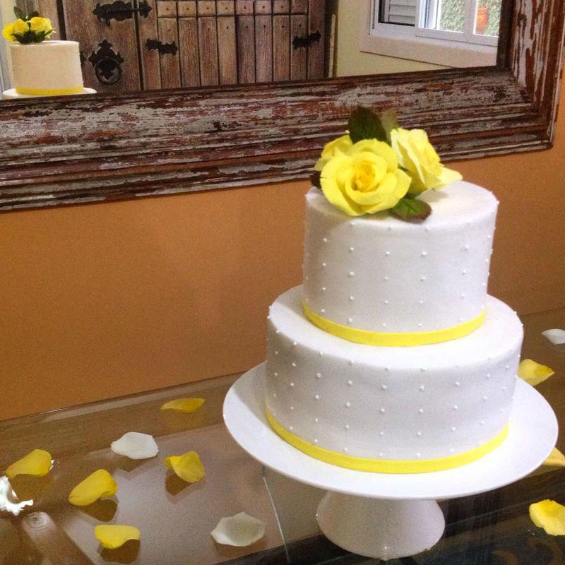 Confiserie de Lu - Bolo para um miniwedding com rosas em açúcar