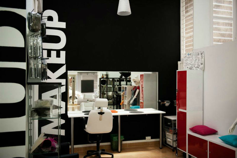 London Studio, maquillaje