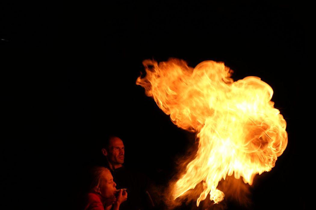 Sicherer Umgang mit Feuer-Künsten