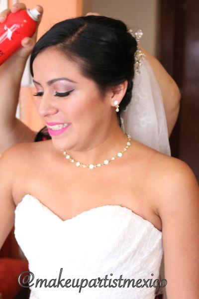 Peinado para novia, firme y muy hermoso. Makeup Artist Mexico