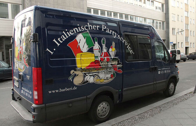 Beispiel: Lieferservice, Foto: 1. Italienischer Partyservice.
