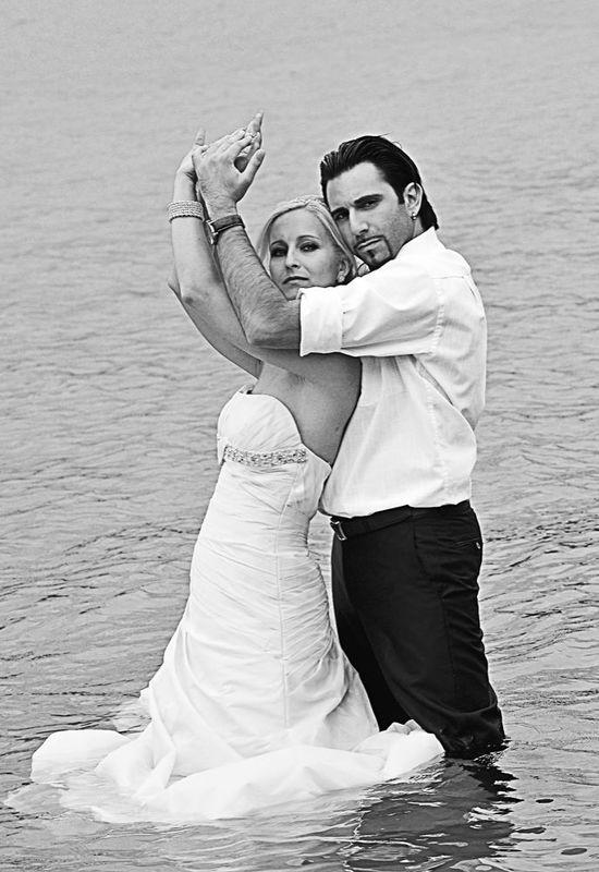 Beispiel: Professionelle Hochzeitsfotografie, Foto: Cut & Shoot.