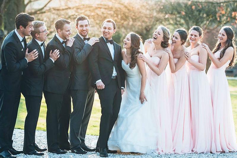 Beispiel: Fotos von der Hochzeitsgesellschaft, Foto: Kreativ Wedding.