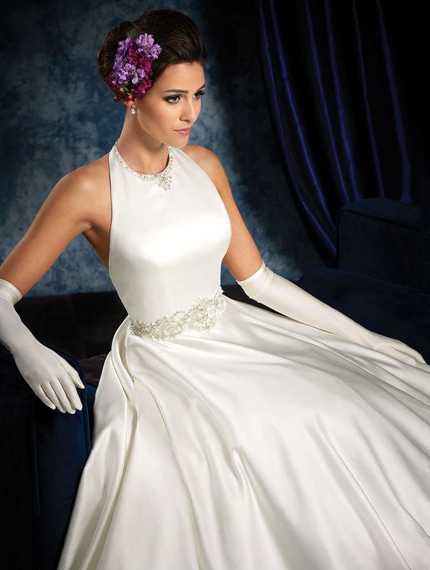2016 Spring Sapphire Bridal