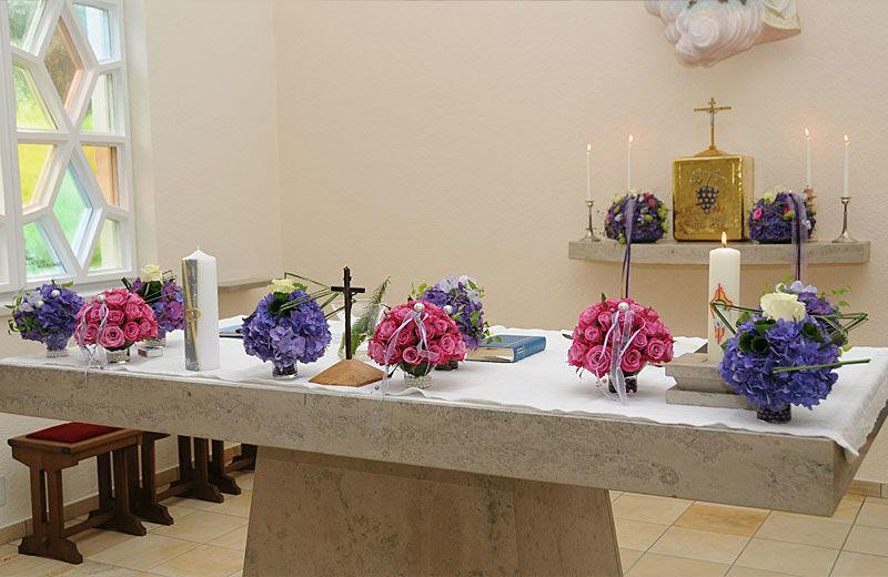 Beispiel: Altarschmuck, Foto: myflower.