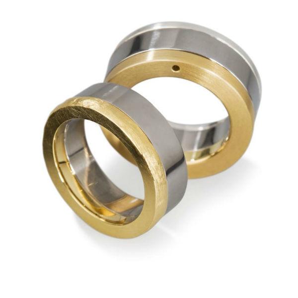 Beispiel: zweifarbige Ringe, Foto: Anne Korn Ringe.