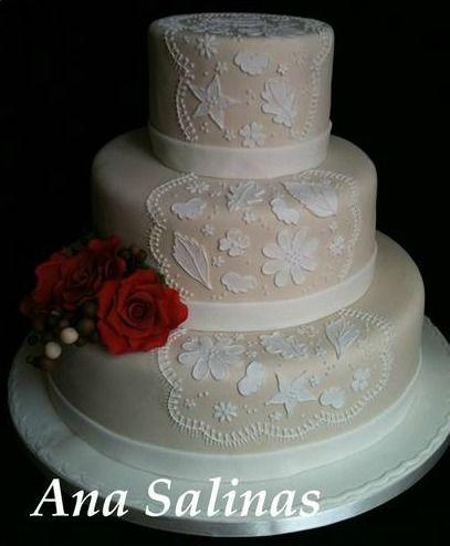 Ana Salinas - Cupcakes e Bolos
