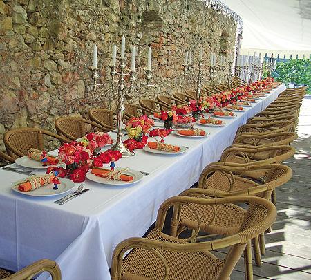 Beispiel: Hochzeitstafel, Foto: Hofgut Maisenburg.