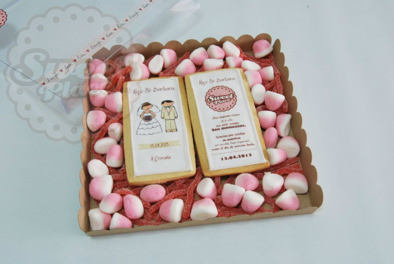Estuche de galletas personalizadas para bodas.