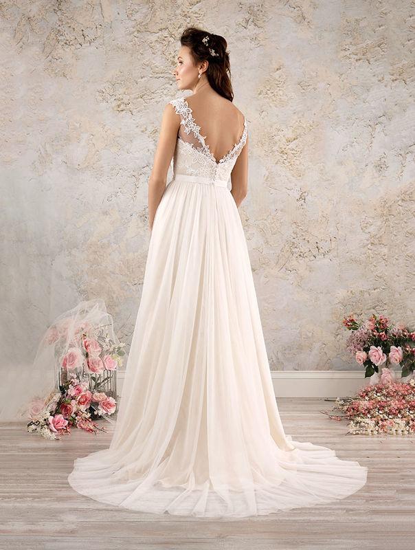 Alfred Angelo - 2016 Mid-Season Modern Vintage Bridal
