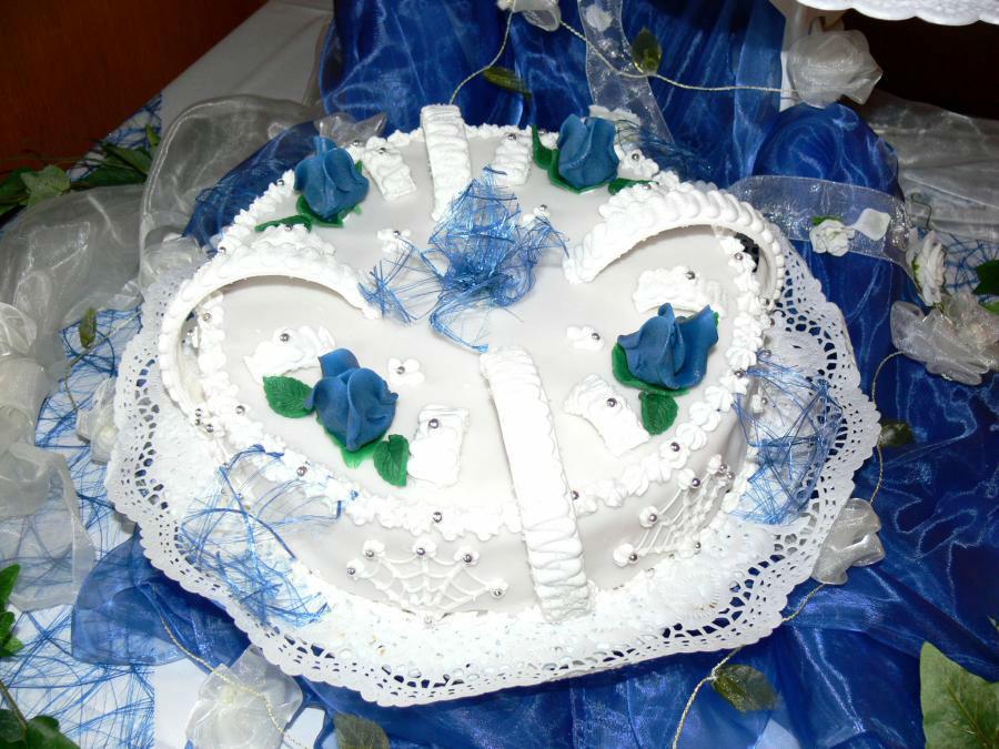Beispiel: Hochzeitstorten passend zu Ihrem Gesamtkonzept, Foto: Konditorei Klescher.