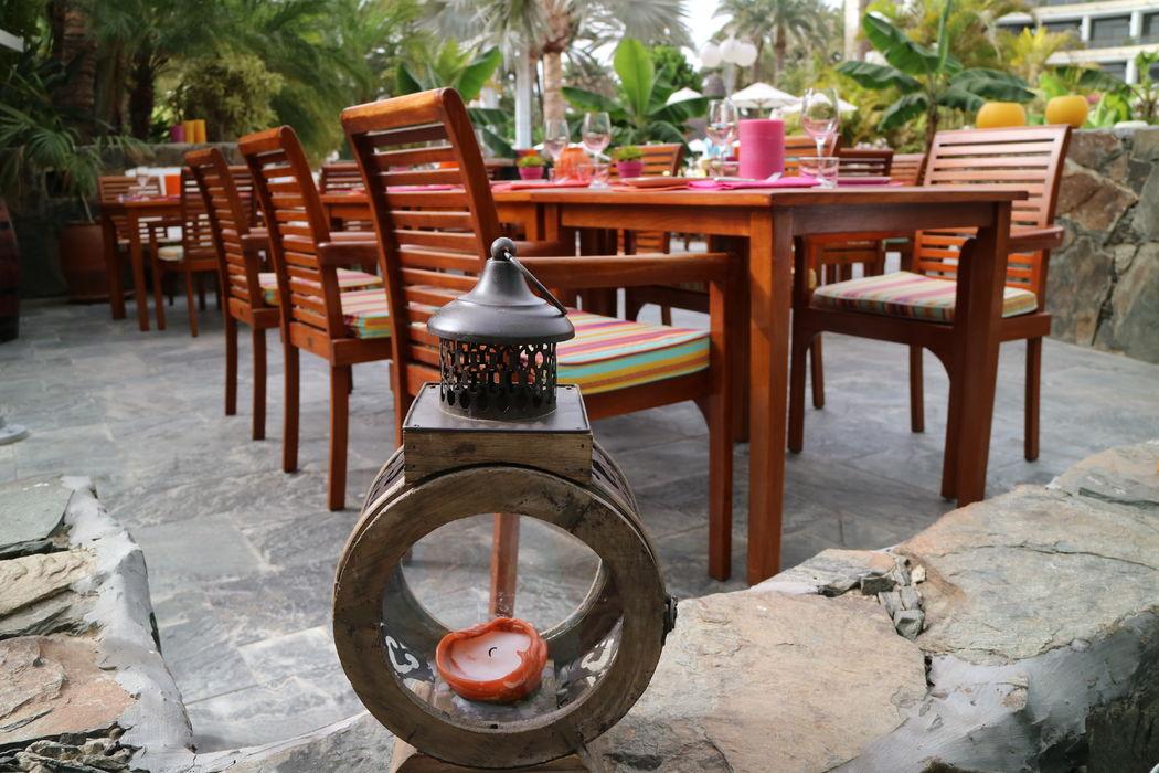 Amplia terraza en el Seaside Palm Beach