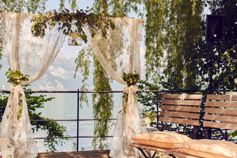 Vintage Outdoor Zeremonie am See