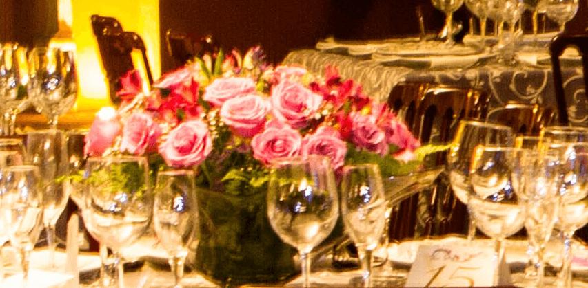 centro  con rosas