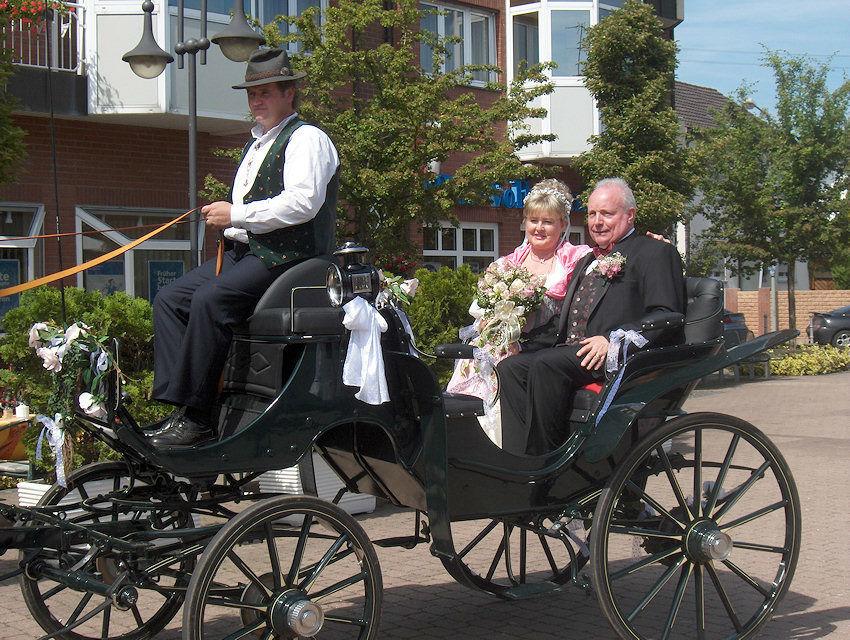 Beispiel: Hochzeitskutschen zum Mieten, Foto: Kutschfahrten Frankfurt am Main.