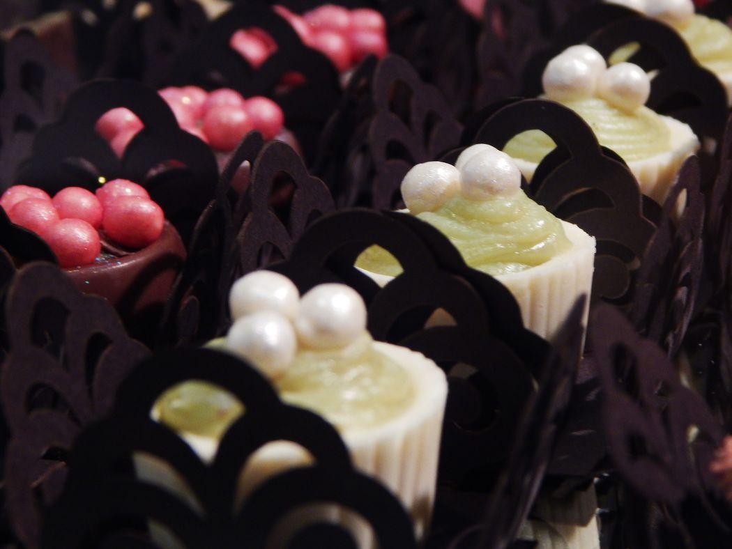 Copinhos de Chocolate com brigadeiro