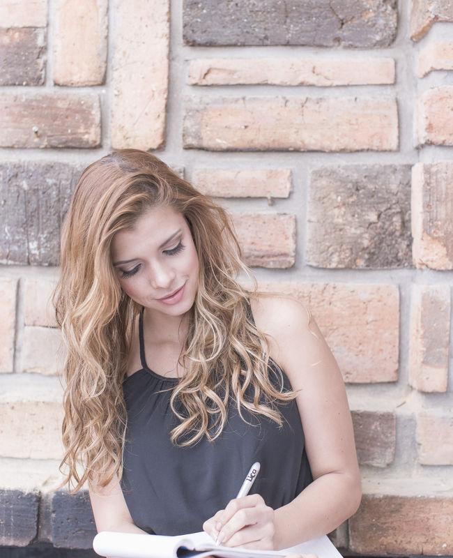 Planeando cada detalle  Wedding Planner: Lina Vargas Producción Decoración : Lica Creativa  fotografía : Tatiana Garces