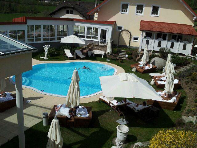 Beispiel: Gartenanlage, Foto: Loveness - Hotel BERGERGUT.