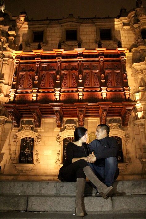 Plaza Mayor de Lima Pre Boda nocturna Lily & Dante