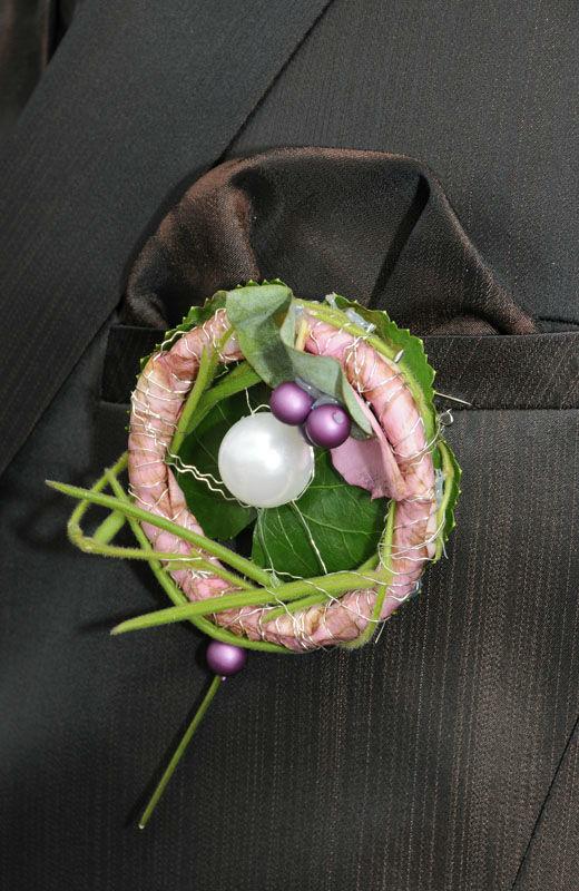 Beispiel: Blumenanstecker, Foto: myflower.