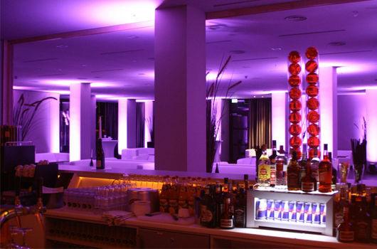 Beispiel: ReLaunch - Bar, Foto: Schlosshotel Bad Wilhelmshöhe.