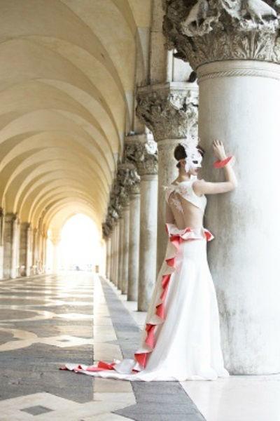Beispiel: Hochzeitskleider für jeden Geschmack, Foto: Beran BrautCouture.