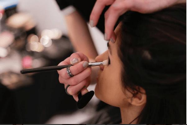 Lisa Bodrug maquilladora