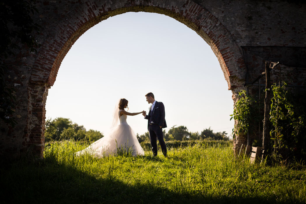 outdoor wedding photo session