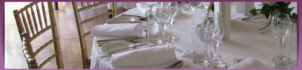 Beispiel: Laden Sie zu Ihrer Hochzeit, Foto: Cateringkultur.