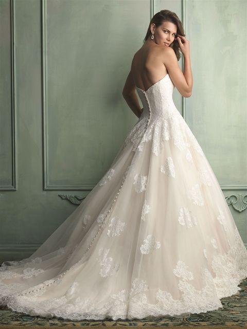 Marca: Allure Bridals. Modelo: 9121-espalda.