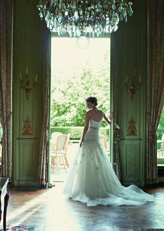 Beispiel: Brautkleider im Prinzessin-Stil, Foto: Dolce Vita.