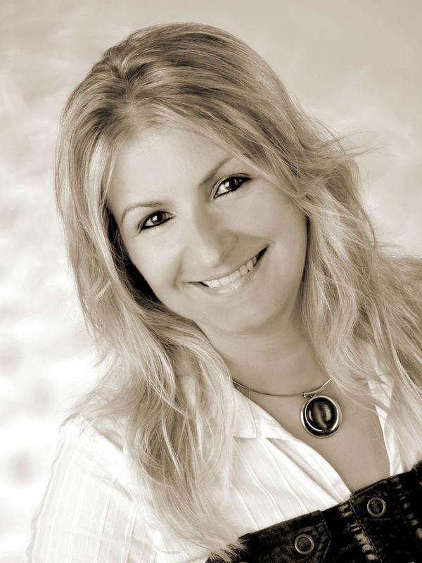 Beispiel: Ihre Nicole Seelbinder, Foto: Agentur Traumhochzeit Nürnberg.
