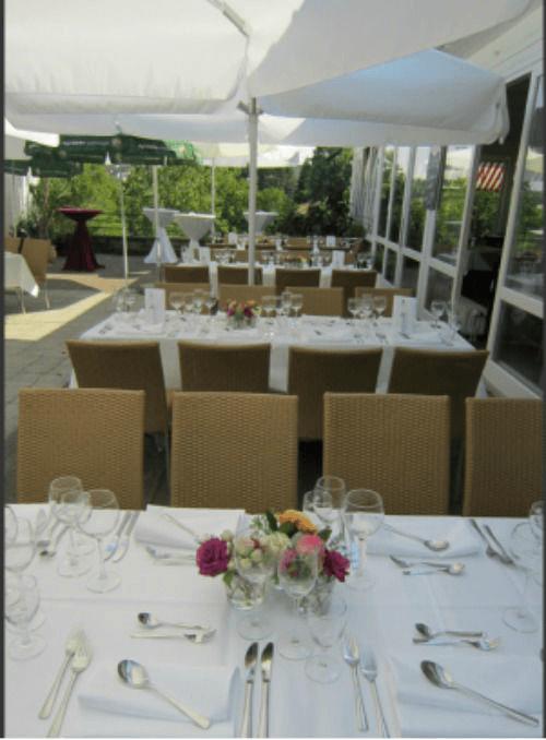 Beispiel: Terrasse, Foto: Restaurant Höhencafé Killesberg.