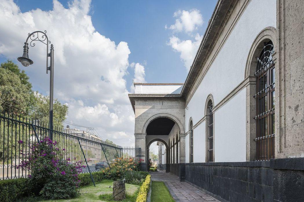 Fachada Hacienda el Pedregal