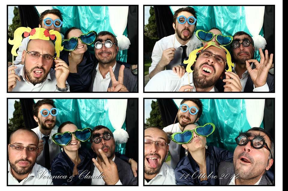 Photobooth di Alessandro Zingone - Reporter di matrimonio: servizi fotografici e cabina photobooth. Esempio di foto con layout a 4 immagini.