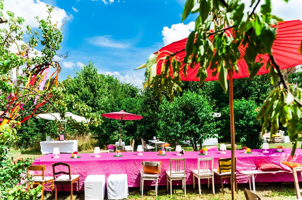 Farbenfrohe Garten-Party.  Foto: [blickfang] event design