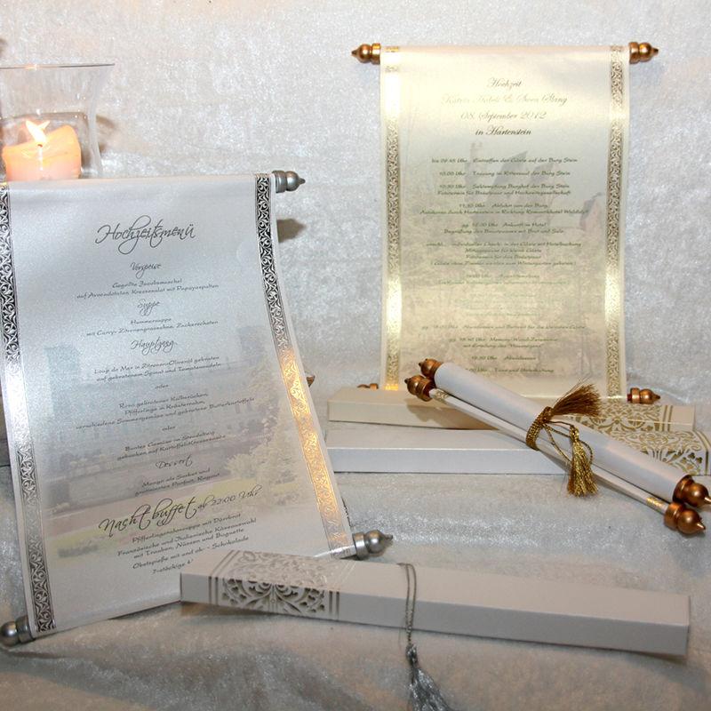 Cela-Design Hochzeitseinladungen Schriftrollen von Royal Day