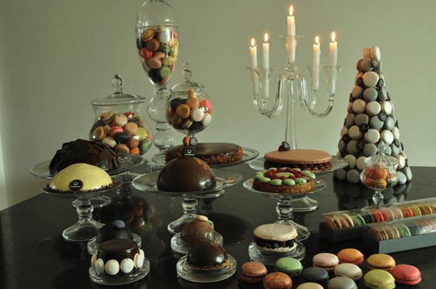 Diseño y montaje de mesas de postres en tendencia - Foto Le Macaron Boutique