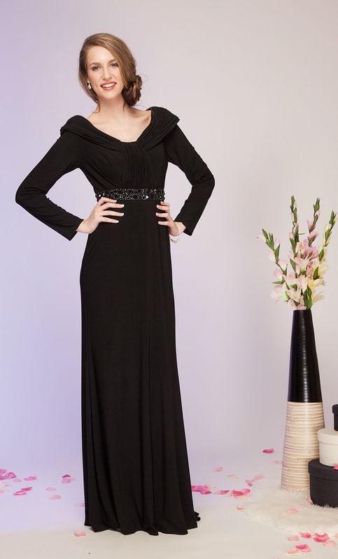 Beispiel: Leihen Sie sich Ihr Festkleid, Foto: Kleiderverleih Rottenberg.