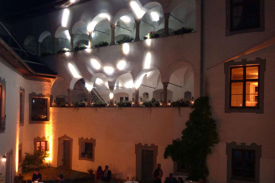 Beispiel: Professionelle Beleuchtungstechnik, Foto: Die Hochzeitsgestalter.