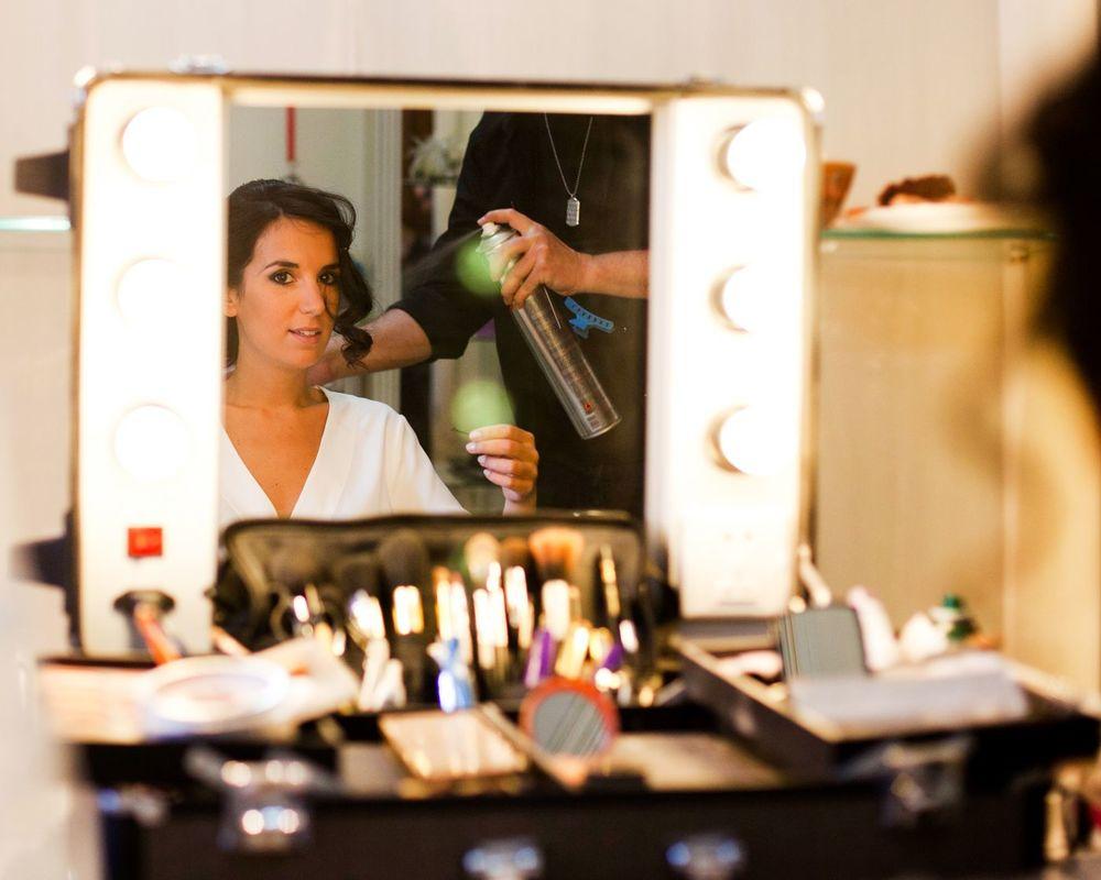 Maquilladores y Estilistas de Novias La Caja de Maquillaje.