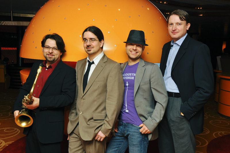 Beispiel: Bandmitglieder, Foto: Acoustic Avenue.