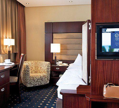 Beispiel: Zimmer, Foto: AKZENT Hotel Löwen.