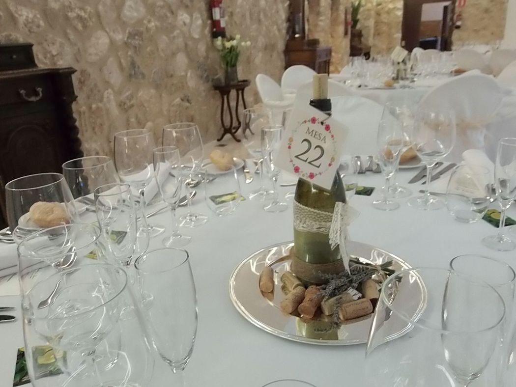 Centro de mesa homenaje al vino