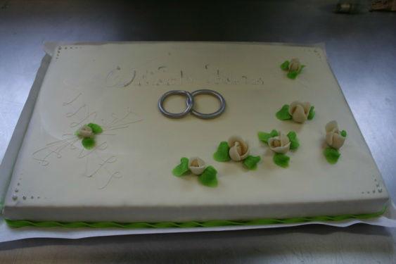Beispiel: Wunderschöne Hochzeitstorten, Foto: Wunschtorte.