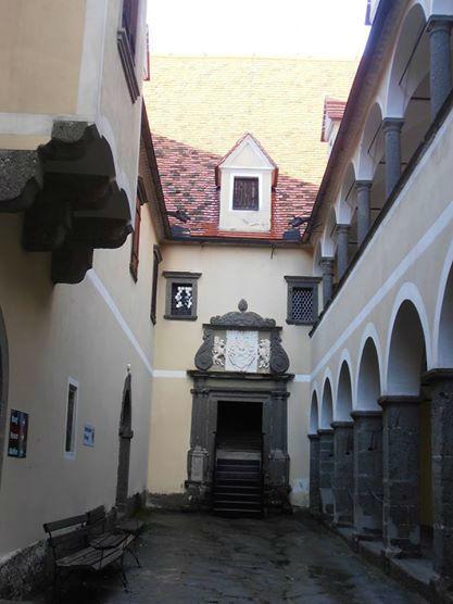 Beispiel: Innenhof, Foto: Burg Riegersburg.