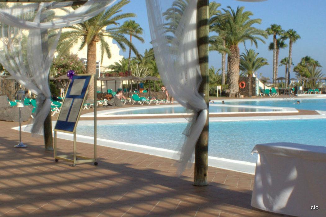 Cóctel zona piscina