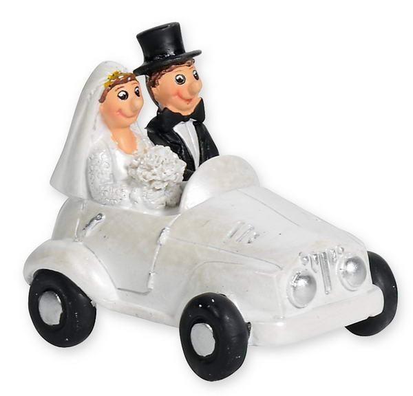 Beispiel: Brautpaar im Auto, Foto: Baumann Floristik und Dekoration.