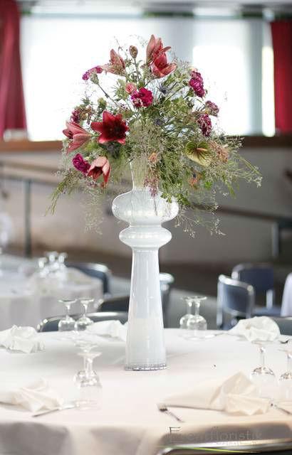 Beispiel: Besondere Tischdekoration, Foto: Sarah Marx Eventfloristik.